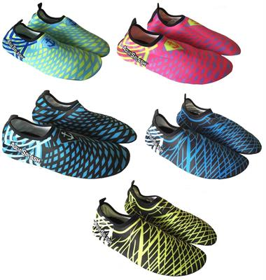 PAIA WATER SHOES LYCRA 38/39 3/CO  15 $
